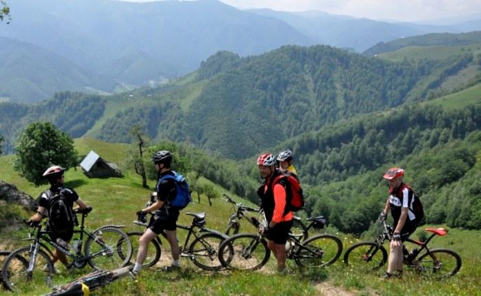Cu mountain bike-ul pe frumoasa valea a Sadului.